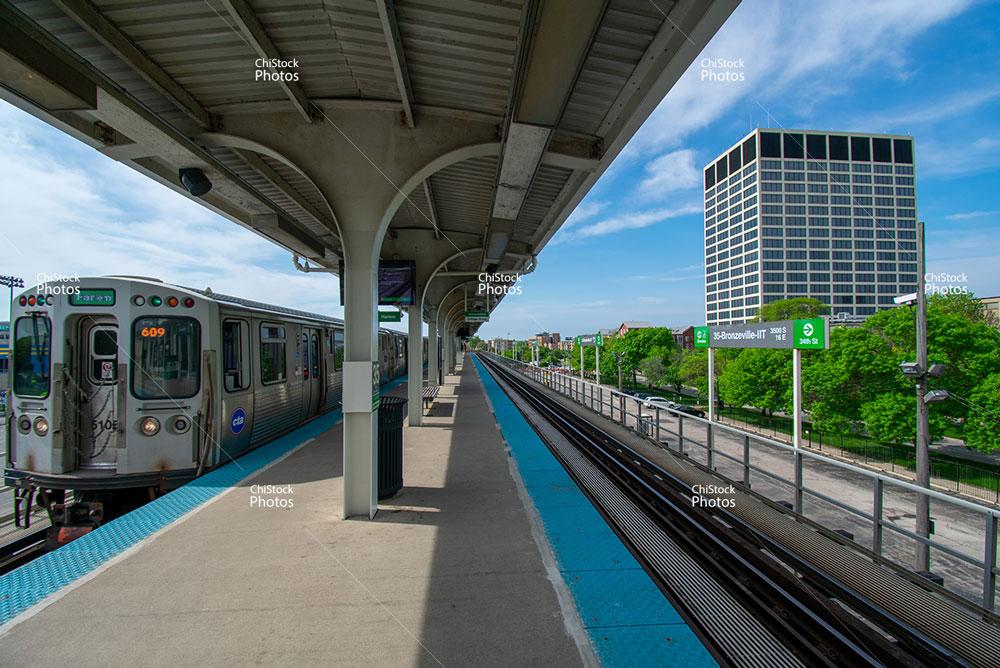 CTA Green Line Douglas 35th Bronzeville IIT Station