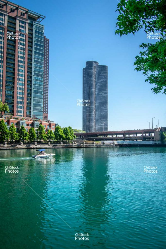 Chicago River Streetervile Residential Architecture Over Lake Shore Drive