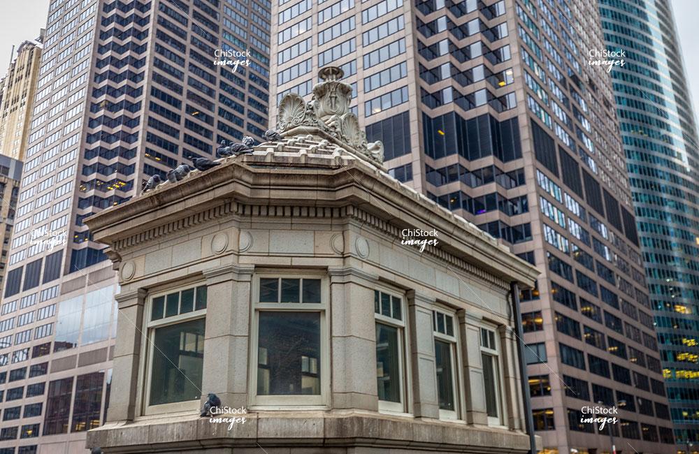 Monroe Street Bridge-house Loop Chicago