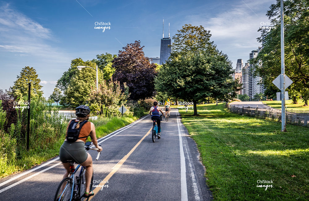 Biking along the Lakefront Trail in Near North Side, Chicago